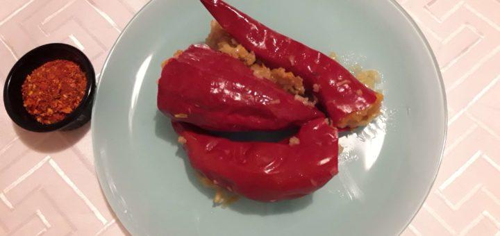 Suve paprike punjene pirinčem i prazilukom