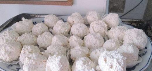 Bombice od sira sa susamom i orasima