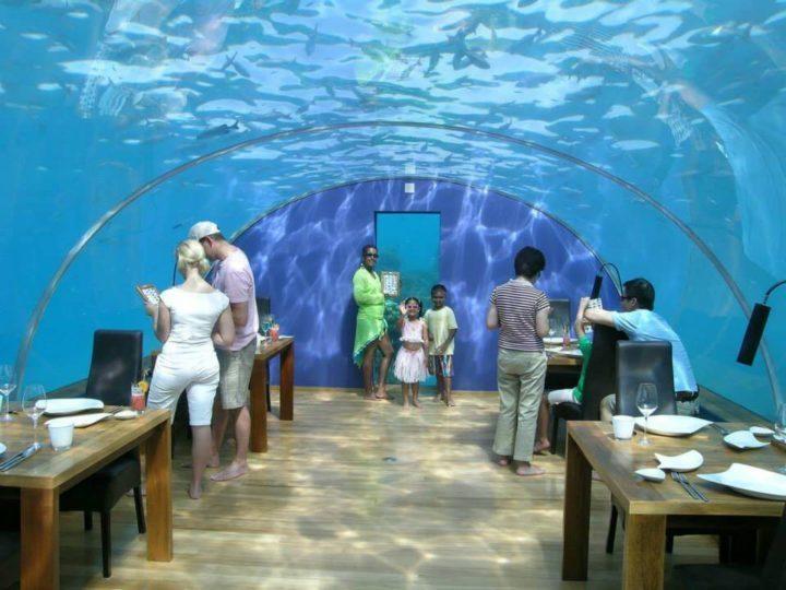 Ithaa, Maldivi
