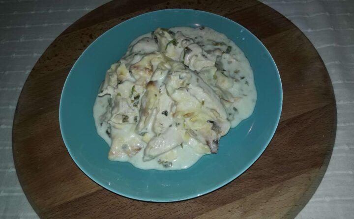 Mlinci s piletinom i sosom od pavlake