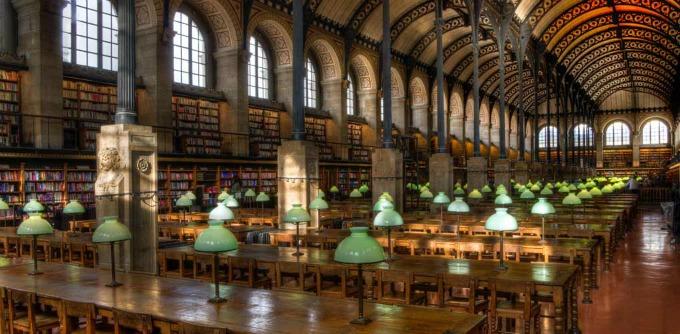"Biblioteka ""Sainte-Genevieve"", Francuska"