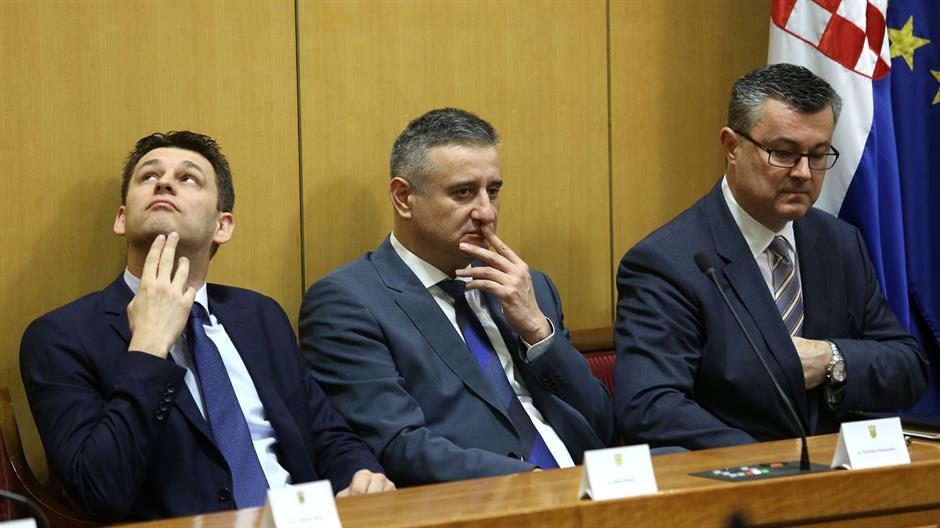 patrik-macek: Petrov, Karamarko, Orešković