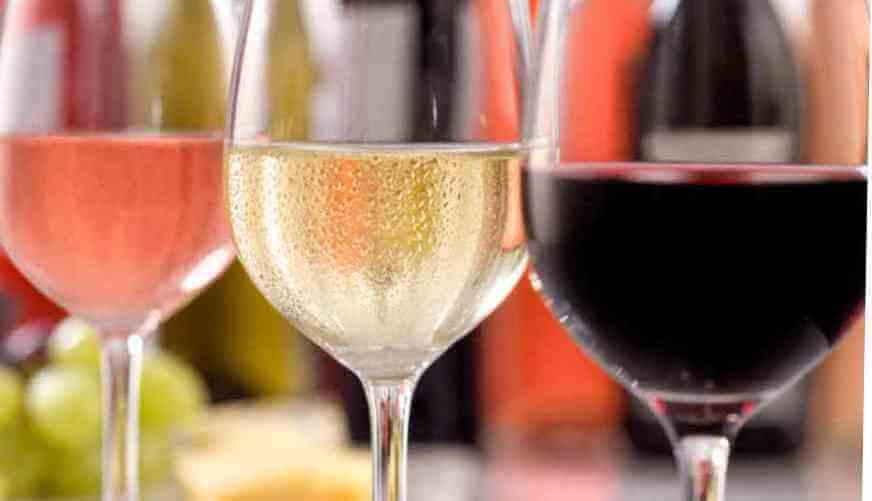 Zbog (pre)velikog broja mehurića, u boci šampanjca je pritisak tri puta veći od onog u automobilskoj gumi
