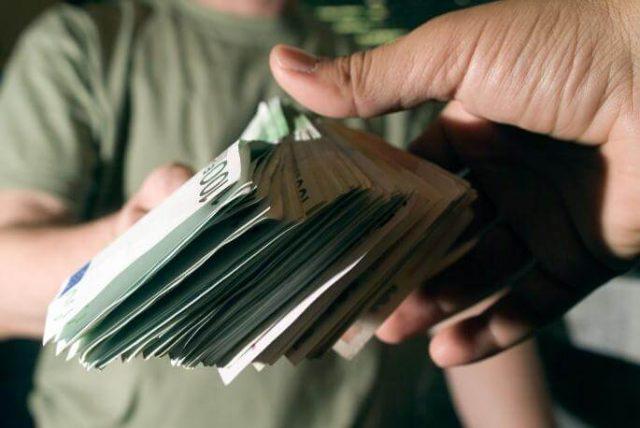 Kako vam koji znak pozajmljuje pare