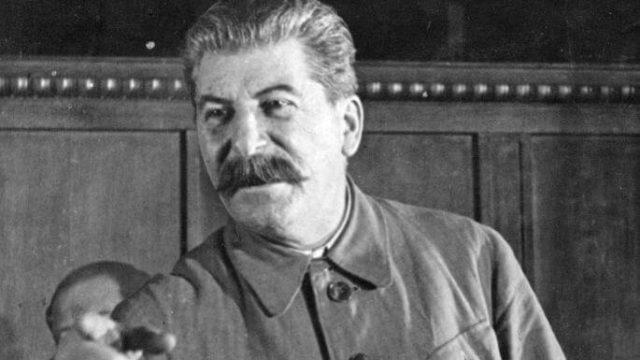 Staljin je zaveo strahovladu. Toliko su ga se svi plašili, da ni lekar nekoliko sati nije smeo da uđe u sobu i proveri da li je još živ