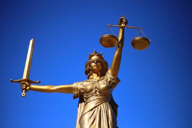"""Advokati u trenucima opuštanja, """"advokatice"""" usred smisla svog života"""