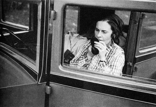 Od Majakovskog je zatražila automobil, dobila ga, i bila jedna od retkih žena koje su u to vreme vozile kola