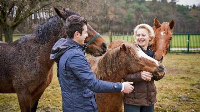 Porodicu Fon der Lajen i Karima povezala je zajednička ljubav prema konjima i jahanju