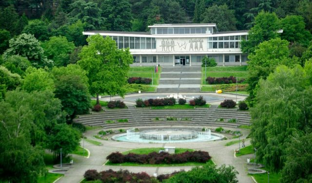 "Dve nove izložbe u obnovljenom Muzeju ""25 maj"""