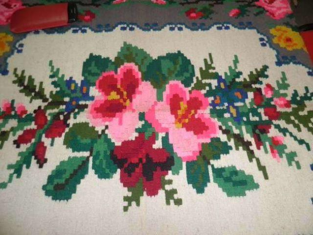 Karakterističan floralni motiv staparskog ćilima