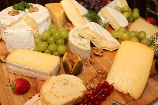 Prilog za neku buduću enciklopediju o siru