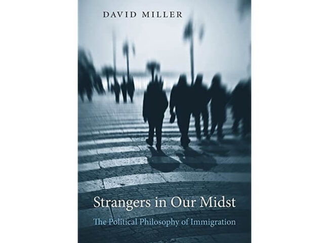 Stranci u našoj sredini (Politička filozofija imigracija) – Dejvid Miler (Harvard University Press)