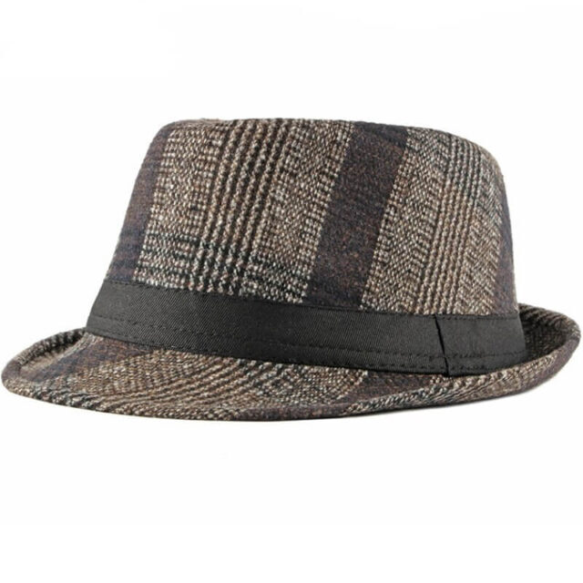 Trilbi šešir - od pedesetih godina prošlog veka pa nadalje uglavnom povezivan s novinarima, detektivima...