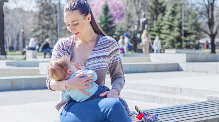 Mamama potrebna veća podrška kako bi dojile u javnosti